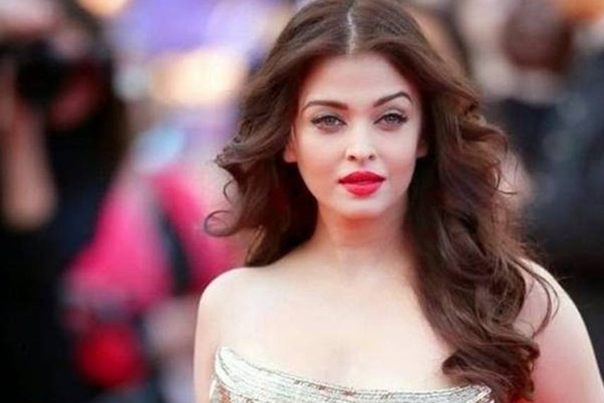 Aishwarya Rai in New Movie of Mani Ratnam's Ponniyin Selvan!!!